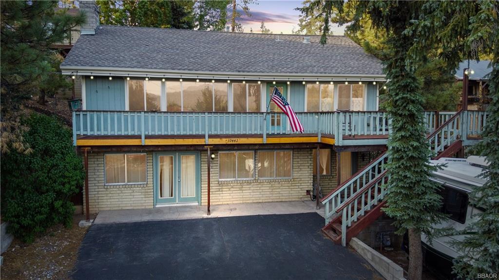 39442 North Shore Drive Property Photo 1