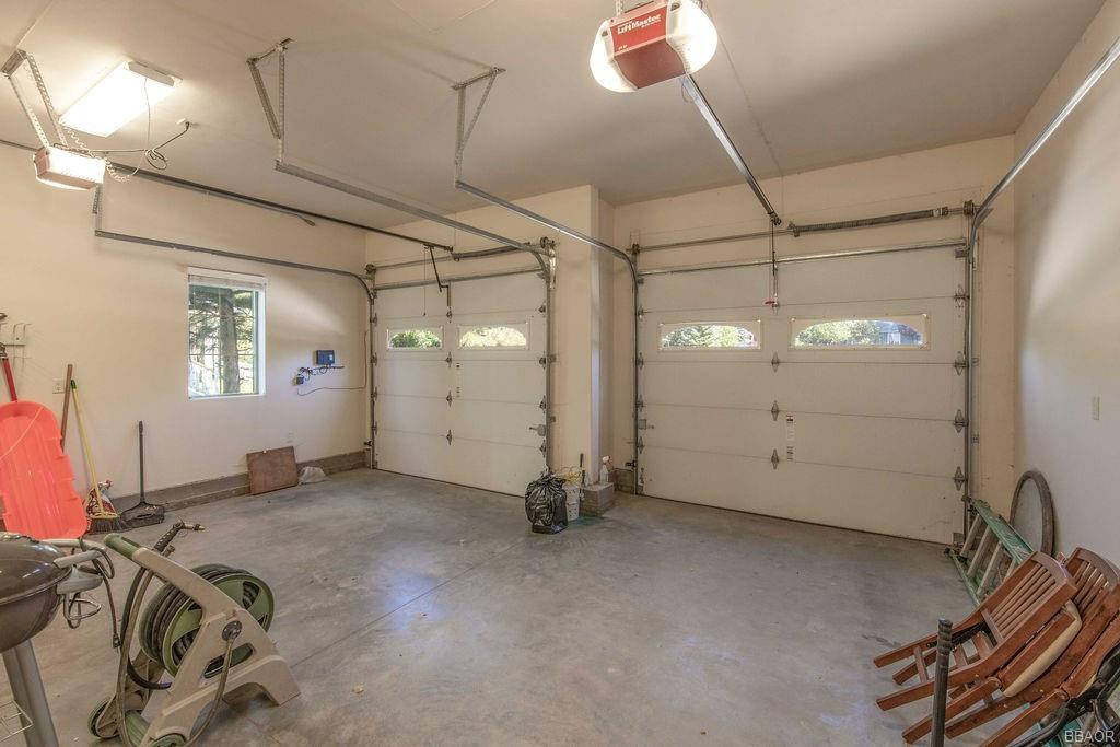 370 Meadow Circle N Property Photo 34