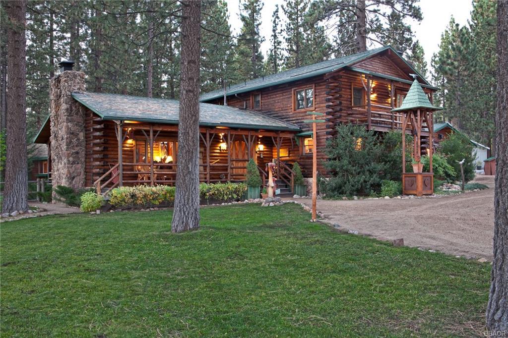 880 Canyon Road Property Photo 1