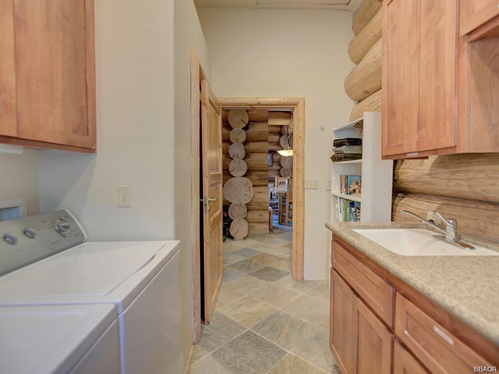 1108 Mound Street Property Photo 9