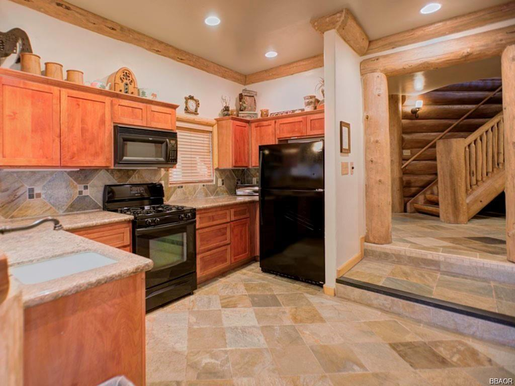 1108 Mound Street Property Photo 29
