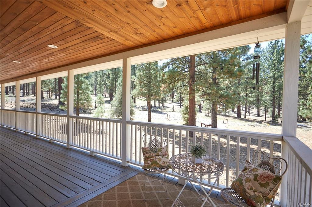 2810 Cedar Lane Property Photo 6