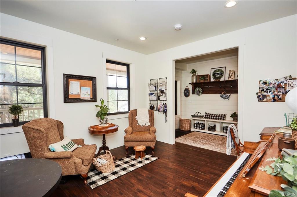 2810 Cedar Lane Property Photo 10