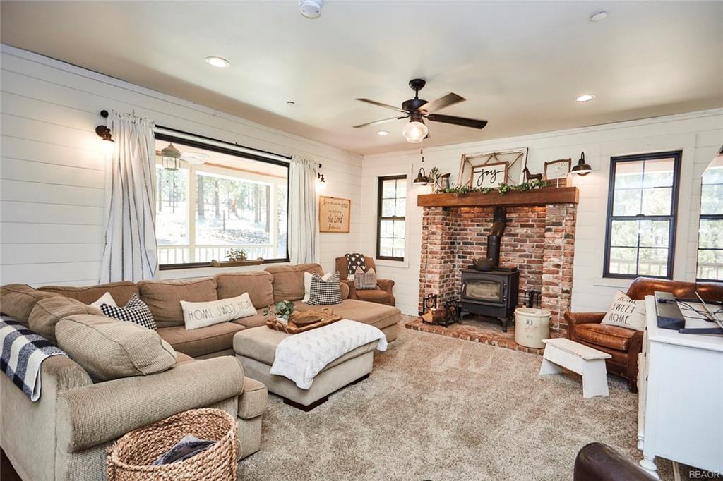 2810 Cedar Lane Property Photo 12