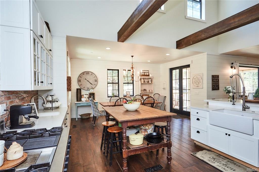 2810 Cedar Lane Property Photo 19
