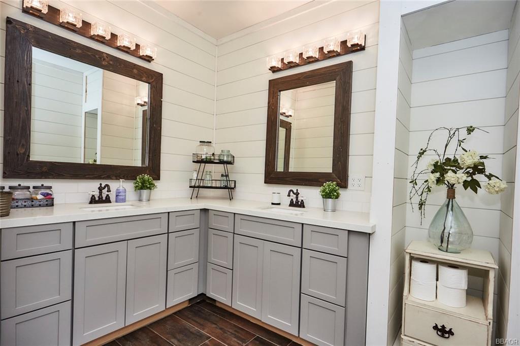 2810 Cedar Lane Property Photo 28
