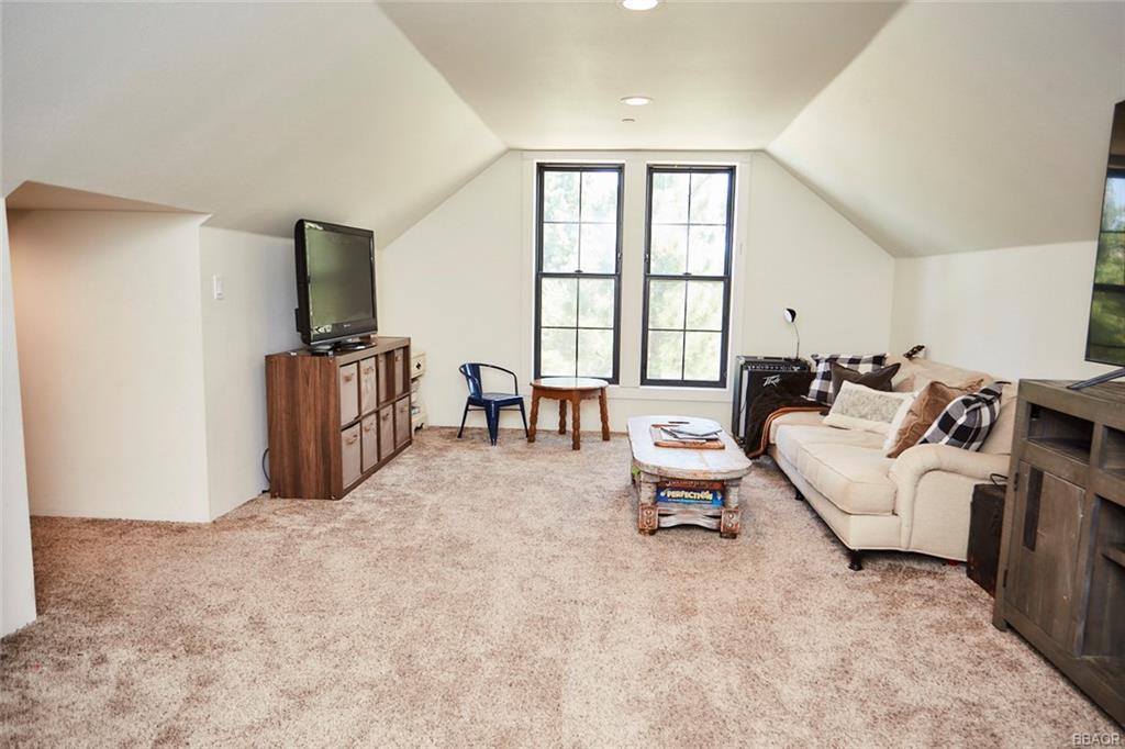 2810 Cedar Lane Property Photo 46