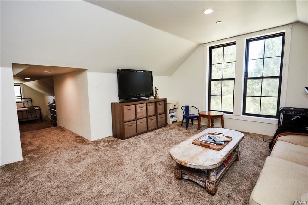 2810 Cedar Lane Property Photo 47