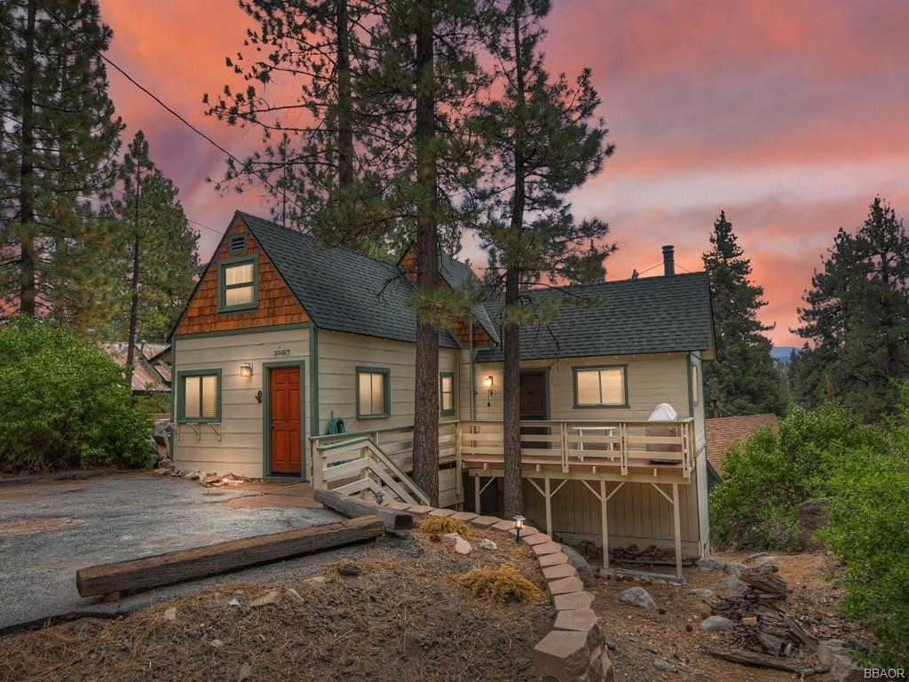 39187 Arapahoe Property Photo 1