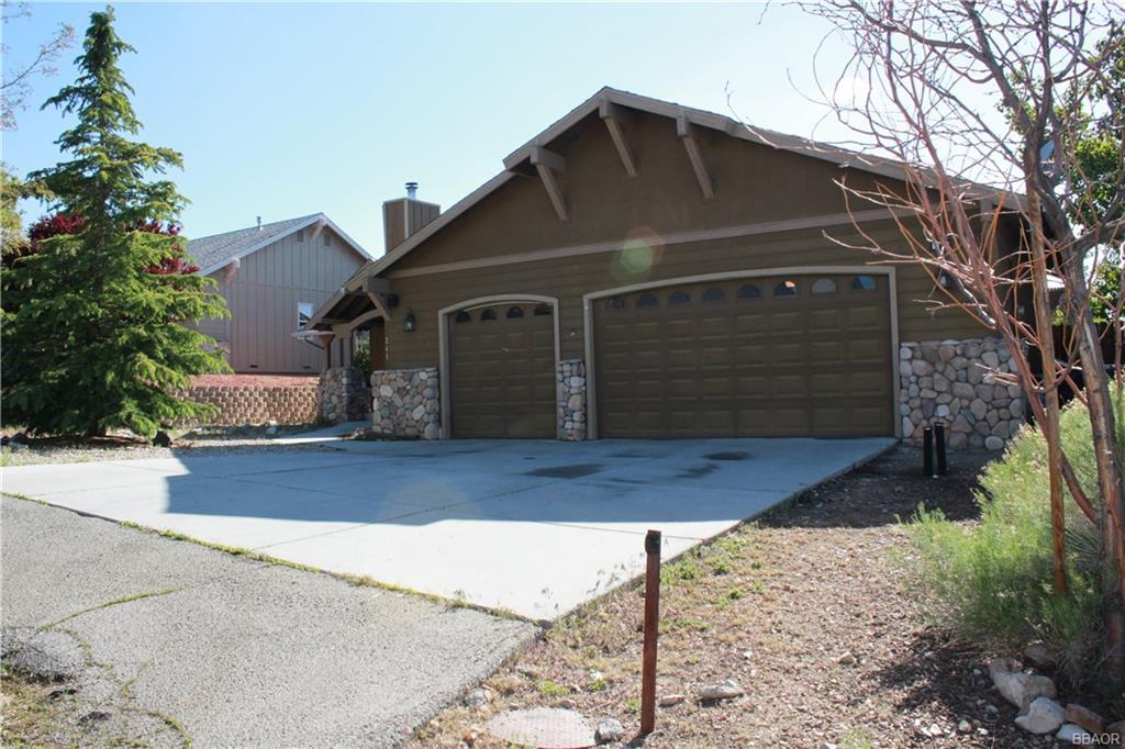 241 Pine Lane Property Photo 1