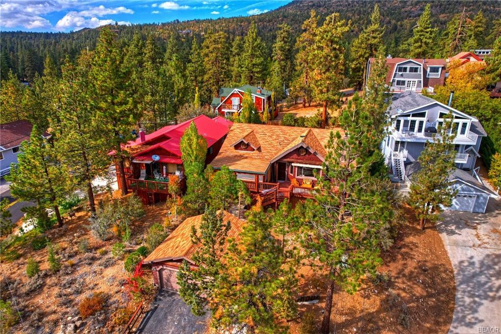 39318 Garden Place Property Photo 3