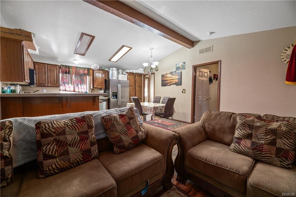 400 Jeffries Road Property Photo 7