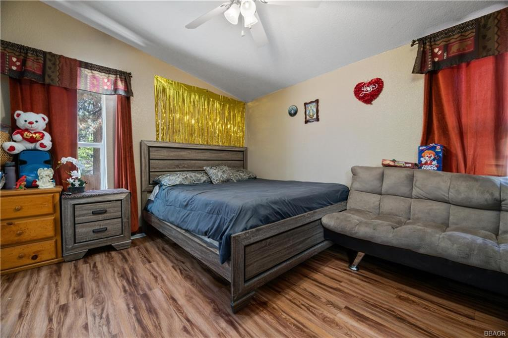 400 Jeffries Road Property Photo 12