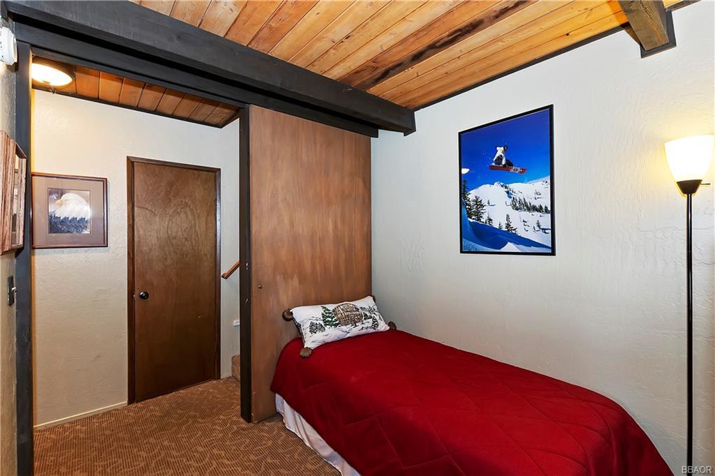 41935 Switzerland Drive 8 Property Photo 11