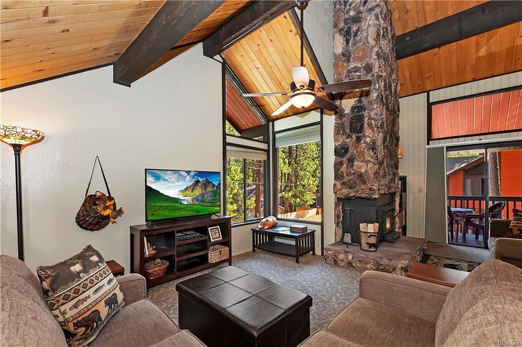 41935 Switzerland Drive 8 Property Photo 20