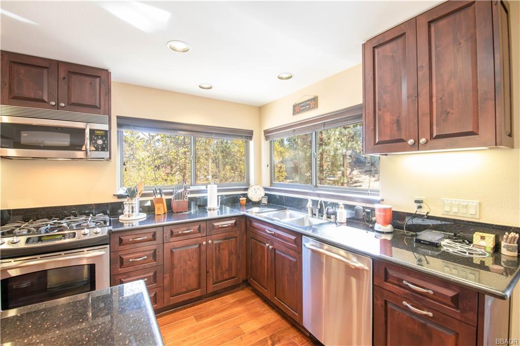 39907 Lakeview Drive Property Photo 14