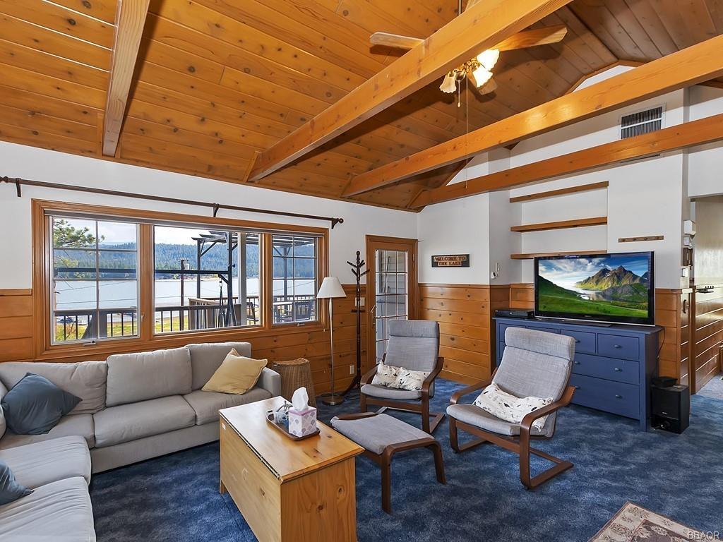 38640 North Shore Drive Property Photo 5