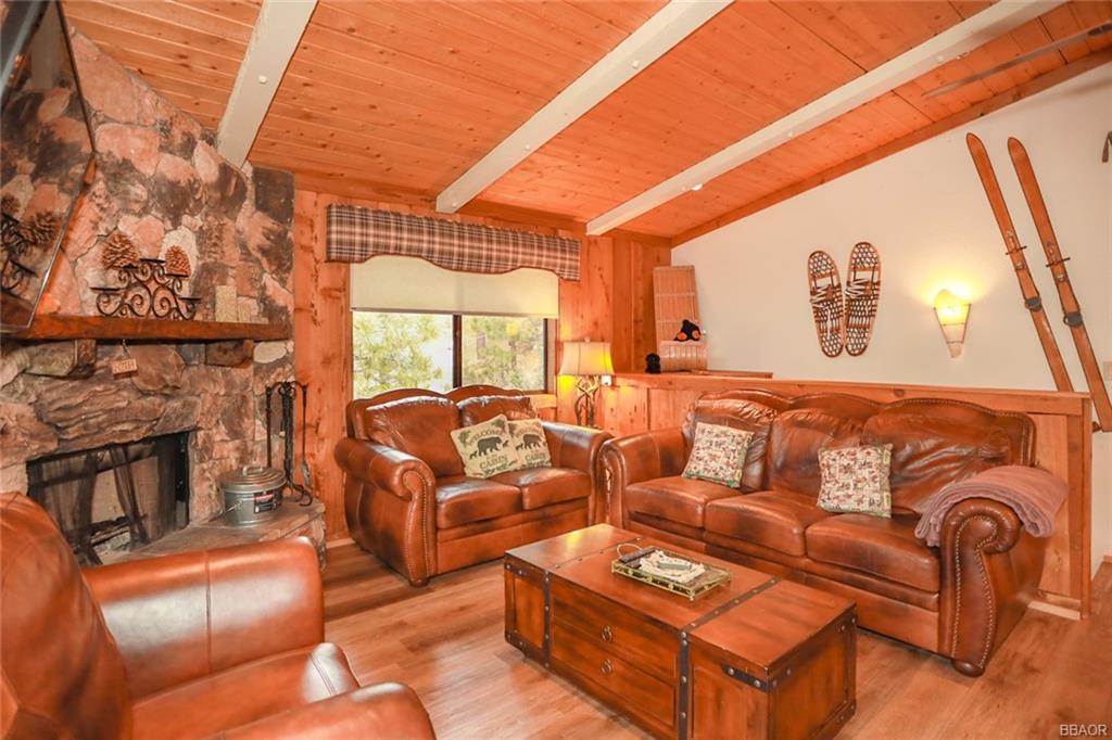 43766 Yosemite Drive Property Photo 2