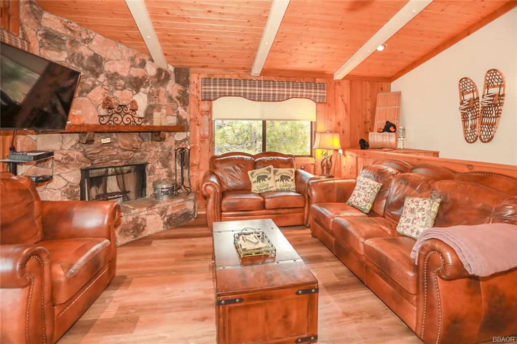 43766 Yosemite Drive Property Photo 7