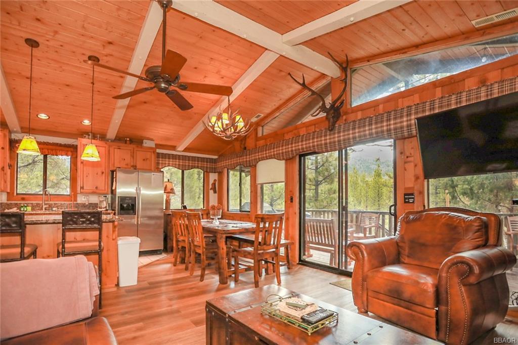 43766 Yosemite Drive Property Photo 9