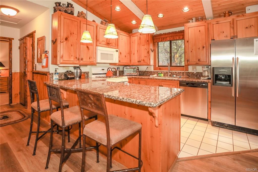 43766 Yosemite Drive Property Photo 10