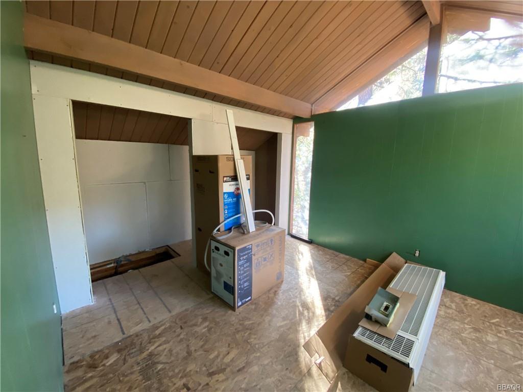 43628 Ridge Crest Drive Property Photo 10