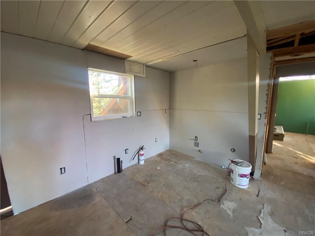 43628 Ridge Crest Drive Property Photo 15