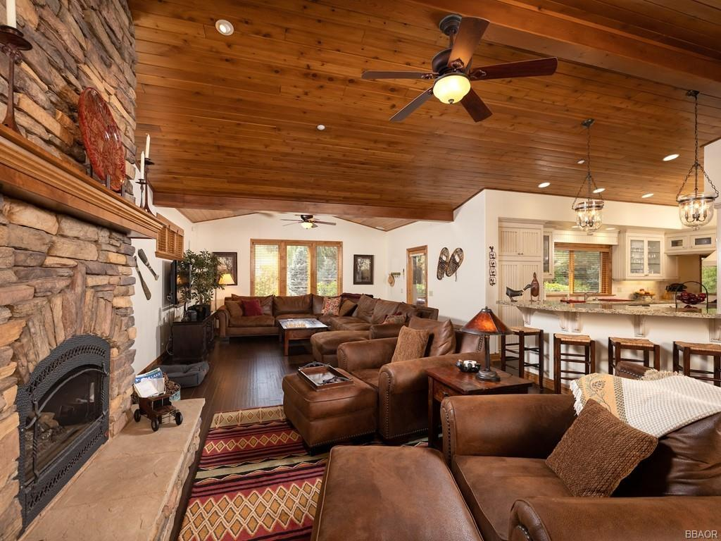 43639 Bow Canyon Road Property Photo 11