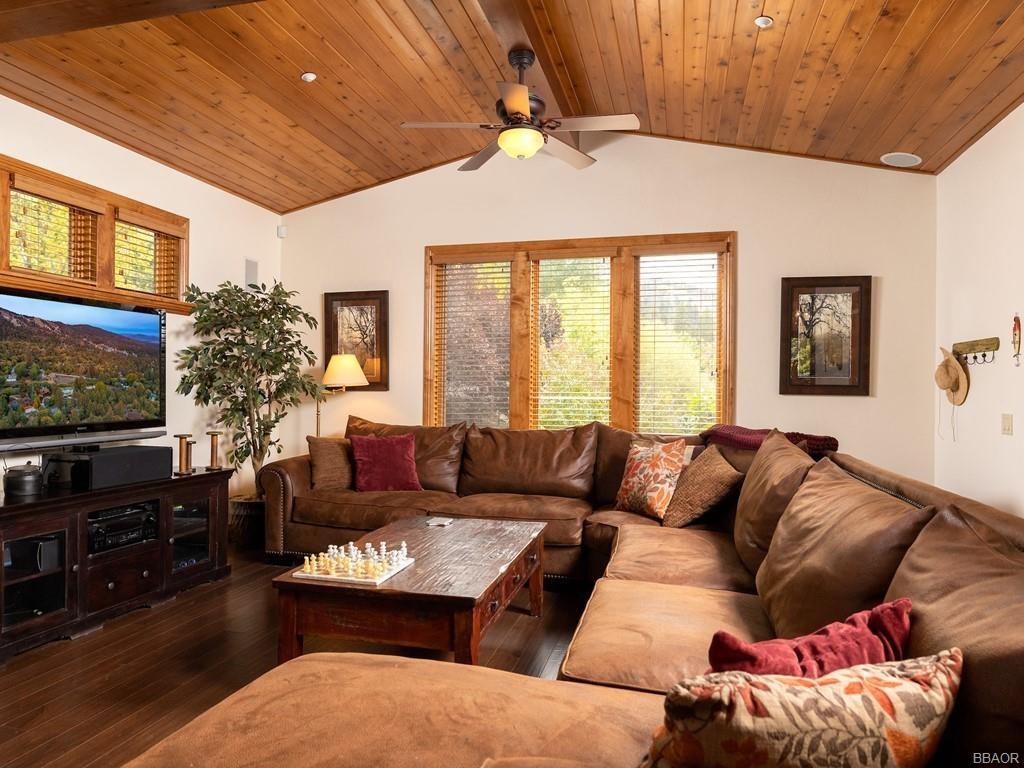 43639 Bow Canyon Road Property Photo 13