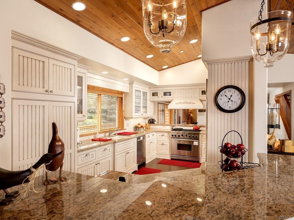 43639 Bow Canyon Road Property Photo 15