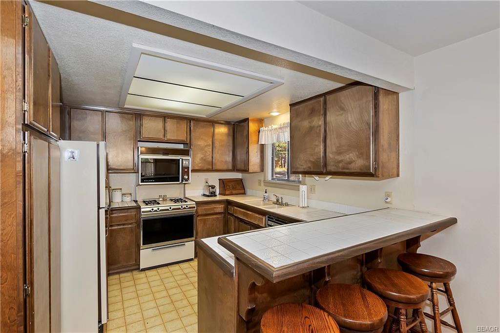 412 Tanglewood Drive Property Photo 10