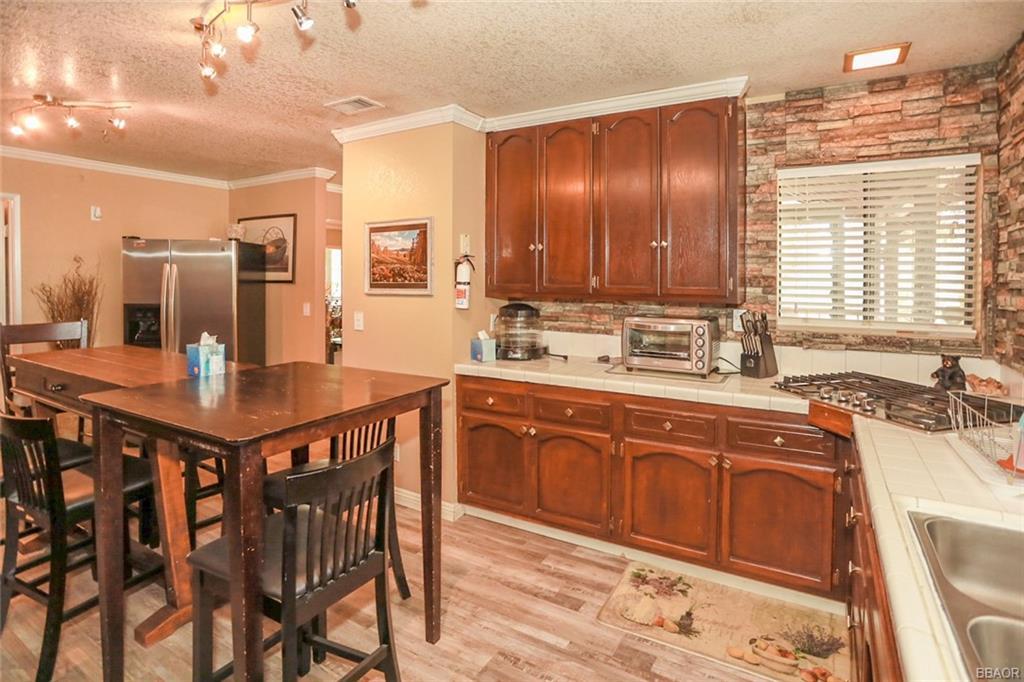 1320 East Big Bear Boulevard Property Photo 6