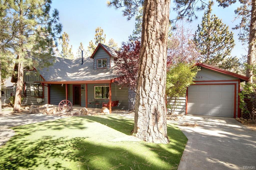 555 Cedar Lane Property Photo 1