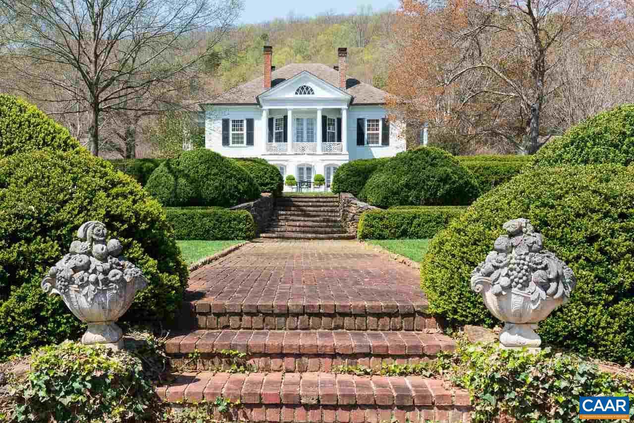 3392 Edgemont Property Photo