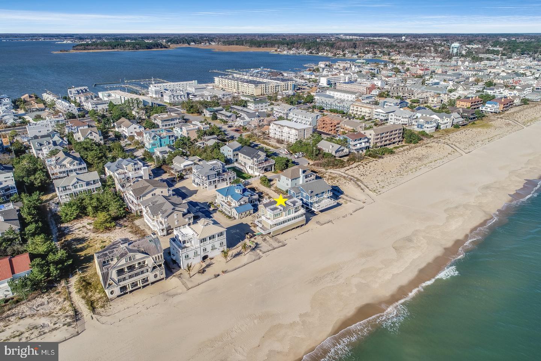 1 Beach Avenue Property Photo