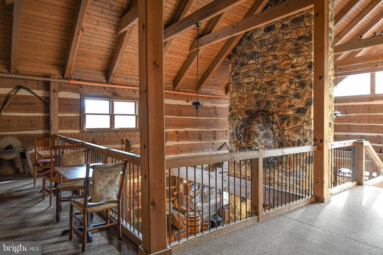 1600 Mount Aetna Property Photo 32