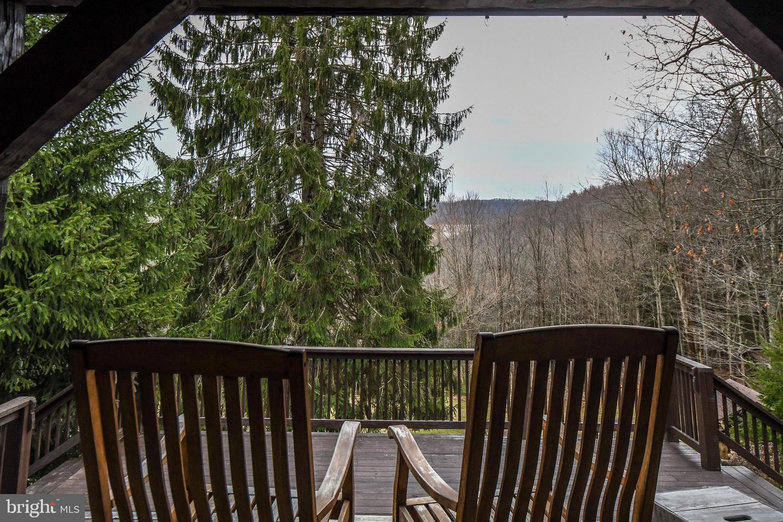 1600 Mount Aetna Property Photo 33