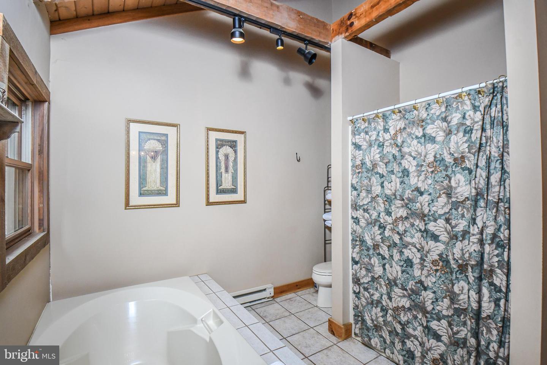 1600 Mount Aetna Property Photo 39