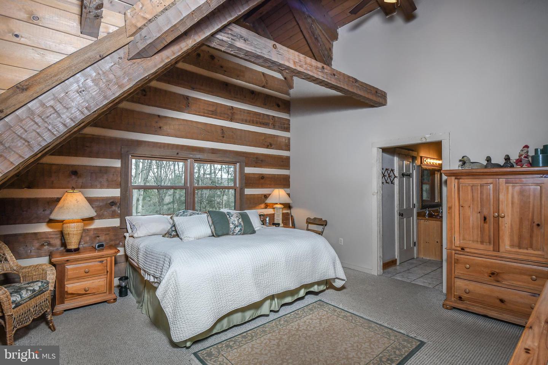 1600 Mount Aetna Property Photo 42
