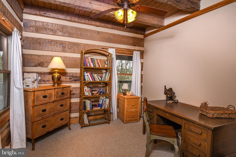 1600 Mount Aetna Property Photo 49