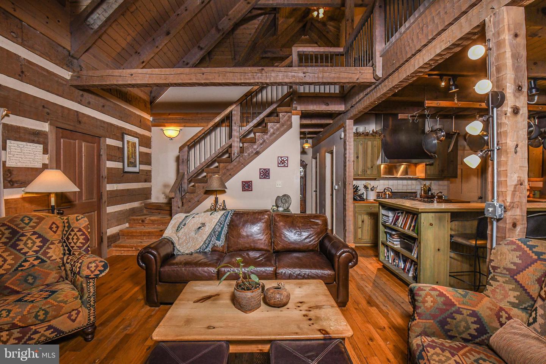 1600 Mount Aetna Property Photo 52