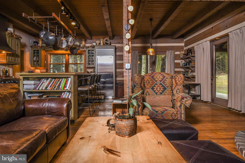 1600 Mount Aetna Property Photo 55