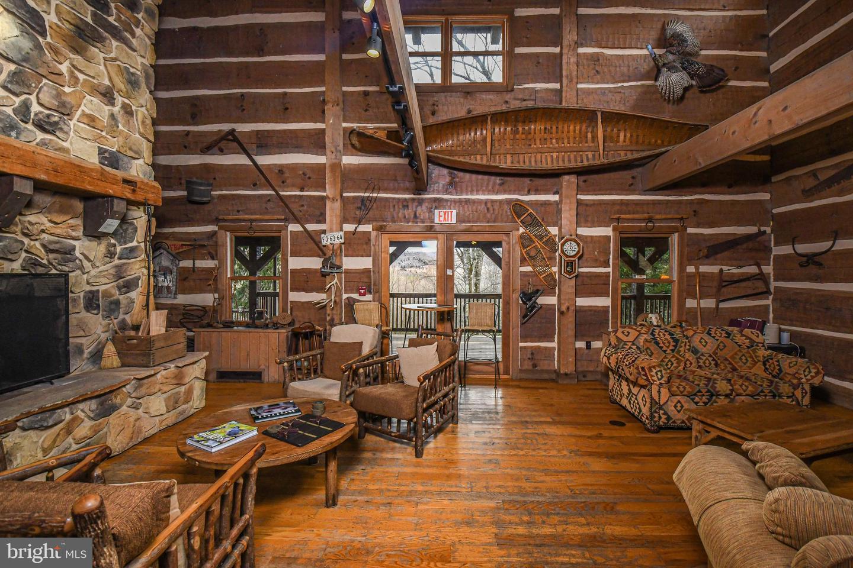 1600 Mount Aetna Property Photo 71