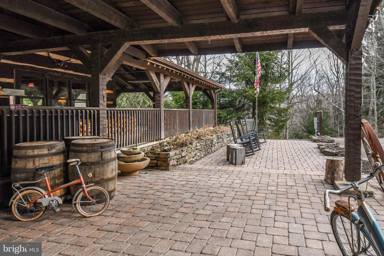 1600 Mount Aetna Property Photo 73