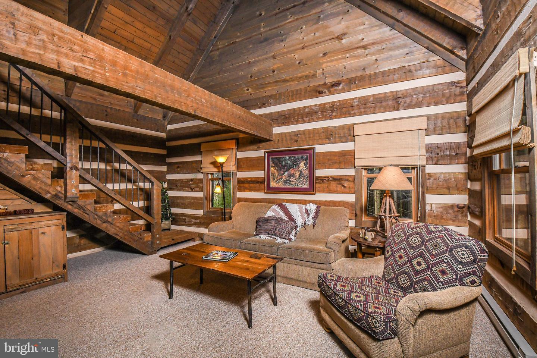 1600 Mount Aetna Property Photo 82