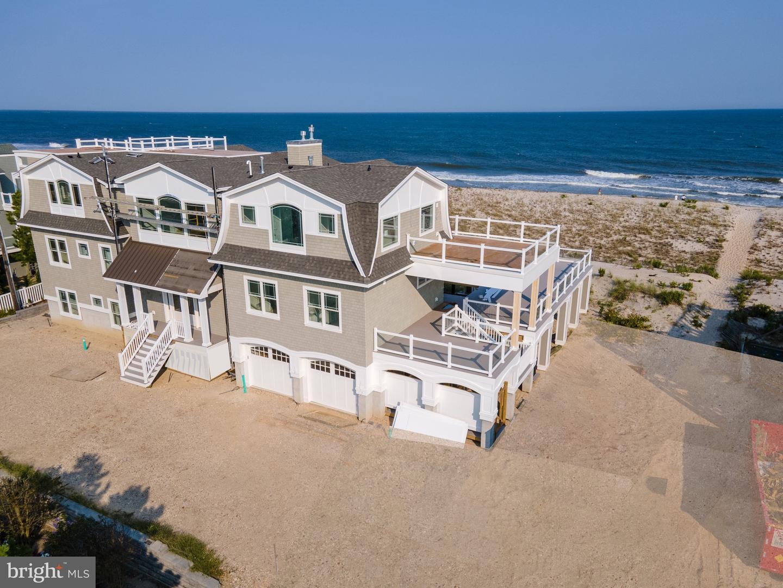 61 D Long Beach Blvd Property Photo