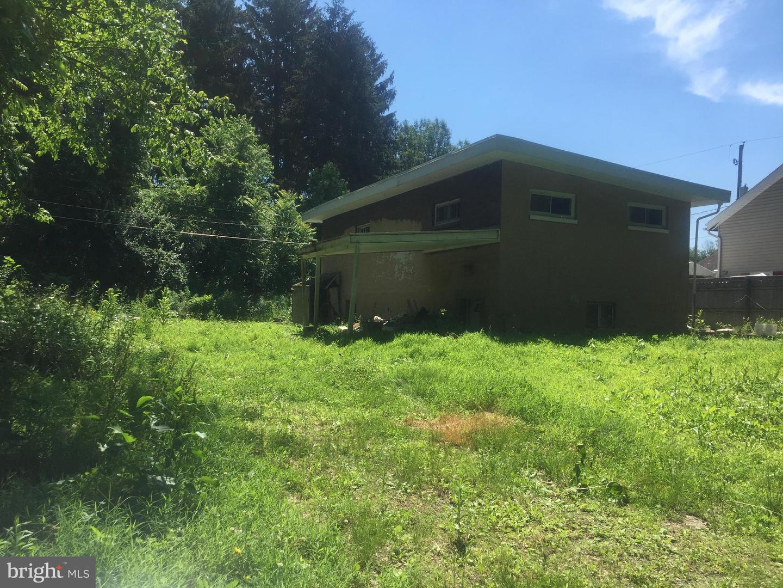 9 WALTON AVENUE Property Photo 1