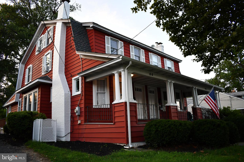 44 E Trenton Avenue Property Photo 1