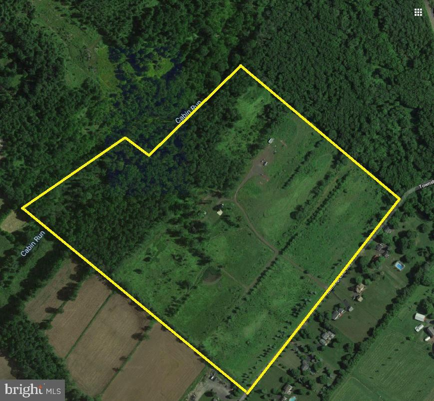 5837 Township Line Road Property Photo