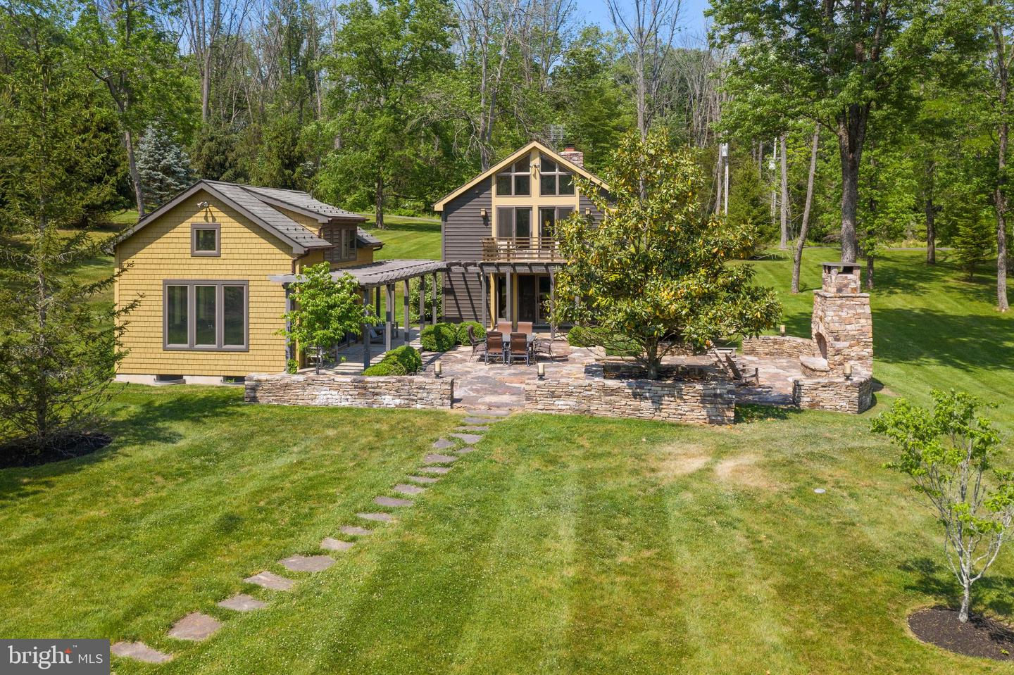87 Mount Airy Road Property Photo